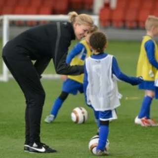 Looking for Female Assistant Football Coaches for grassroots