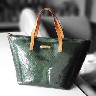 Authentic Louis Vuitton Vernis Bellevue PM LV