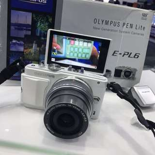 Olympus Pen E-PL6 with 14-42mm