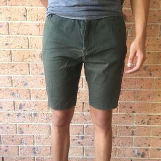 Stussy army green shorts