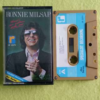 RONNIE MILSAP. there is no gettin' over me. Cassette tape not vinyl record