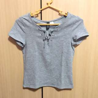 H&M gray crop top