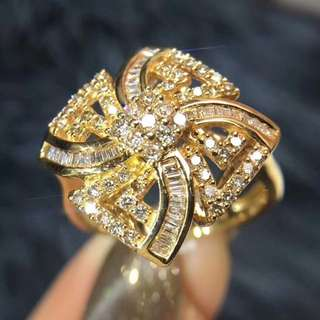 18K 玫瑰金 花朵造型 鑽石戒指