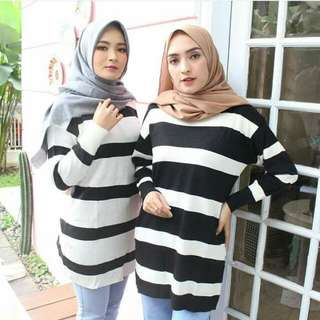 Boxy sweater stripe