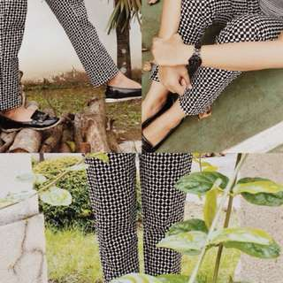 H&M trousers black and white