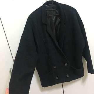 🚚 黑色復古大衣