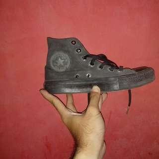 (Turun harga)Converse all star boot hitam (37)