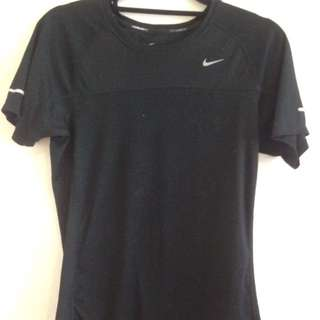 Black Nike dri fit top