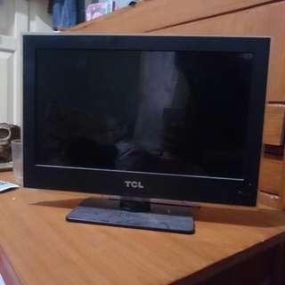 "LED TV merk TCL 17"" USB&HDMI"