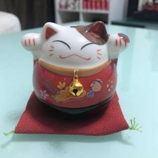 (BRAND NEW) Japan lucky cat Maneki Neko (Authentic)