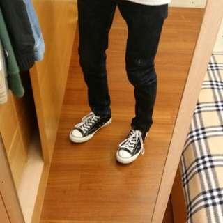 Uniqulo彈性修身原色牛子褲