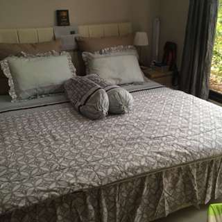 Sprei & bed cover