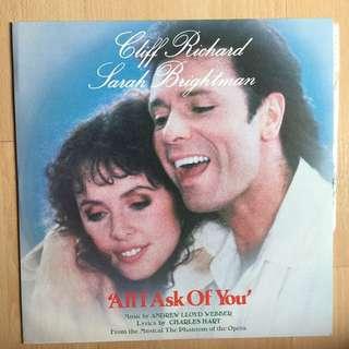 "Cliff Richard 12"""