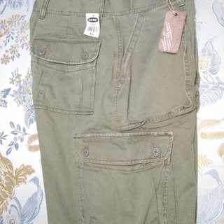 old navy cargo shorts size 31