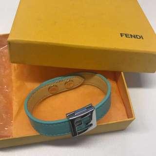 (一口價)🈹💥🈹💥 FENDI 湖水藍色手帶 bracelet hand lace