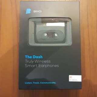 Bragi The Dash Wireless smart earphone