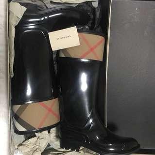 Cross hill rubber check tall boot