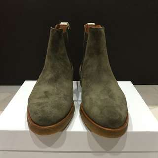 Common Projects - Chelsea Boots Waxed Suede