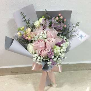 Fresh Flower Bouquet in Pink Roses and Purple / Pastel Theme Bouquet of Roses / Valentine's Day Bouquet / Anniversary Gift