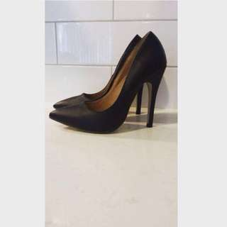 Truffle Pointed Black Heels