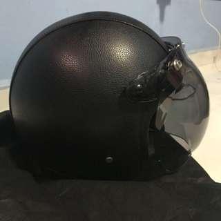 Classical helmet