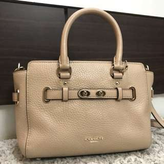Coach long strap shoulder bag