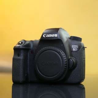 Canon 6D body SC50K with box