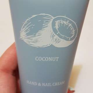 Coconut hand cream