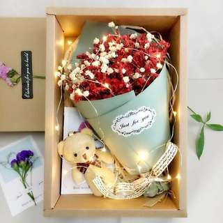 [Valentine's Special] Bouquet in a Box