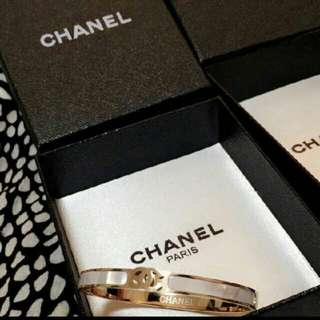 Chanel marble and gold bangle bracelet jewellery