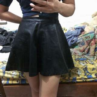 Pull & bear leather skirt