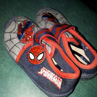 Spiderman shoes with strap