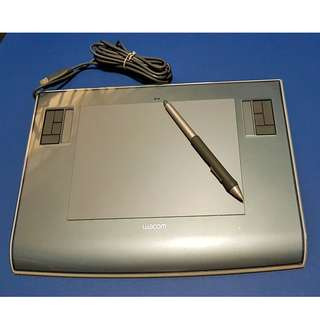"Wacom Intuos 3 6"" x 8"" (Metallic Gray) - Includes Pen"