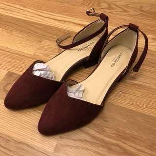 Randa 酒紅色低跟鞋 全新