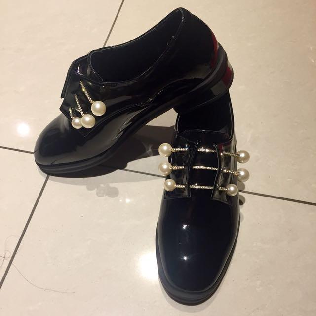 珍珠漆皮牛津鞋仔