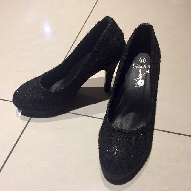 蕾絲雕花高跟鞋
