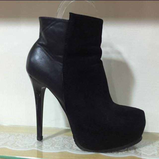 細跟靴子 (尺寸38)