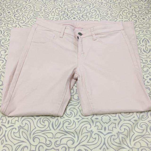 日本品牌 UNIQLO 粉紅色九分牛仔褲