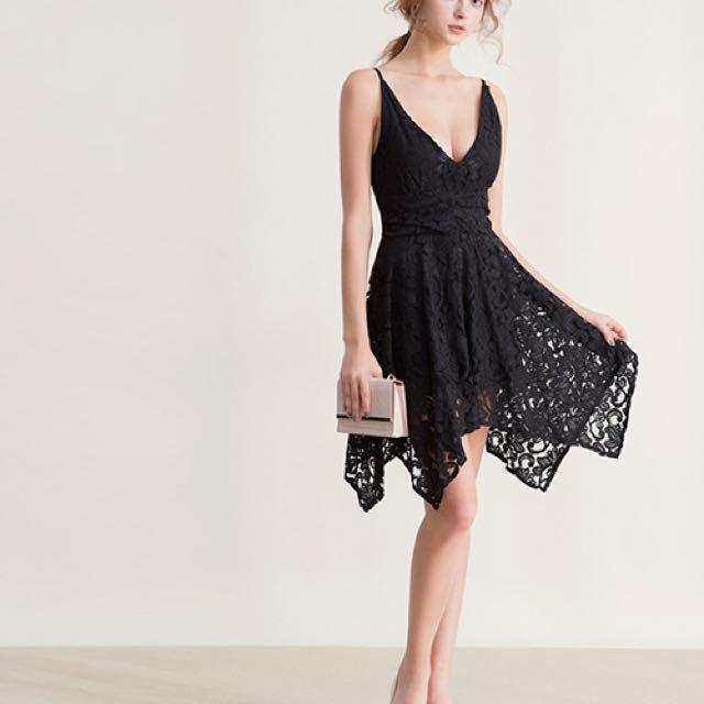 Air space 不規則裙襬細肩帶蕾絲洋裝