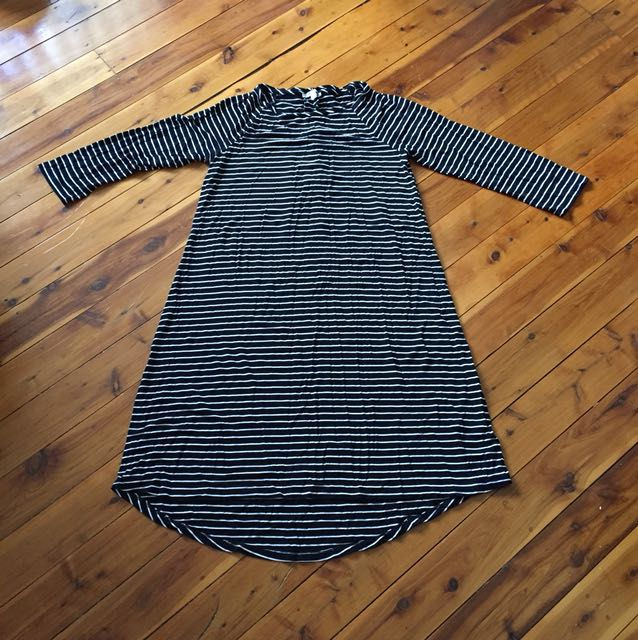 Black and white swing dress size S