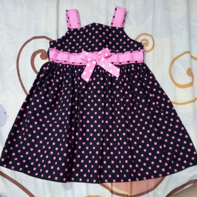 Black/pink polka dress