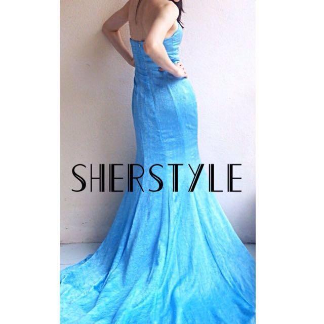 👭Blue Mermaid Dress with Long Train (RENTAL)