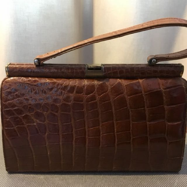 Brown Leather vintage purse - 1950's