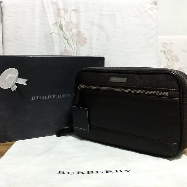 fdb734470a83 Burberry 100% Authentic Women Men s Brown Clutch Bag