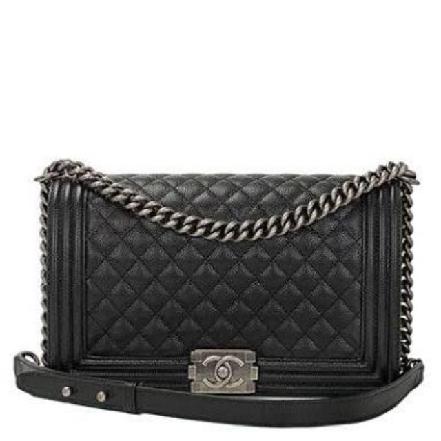 Chanel boy caviar leather