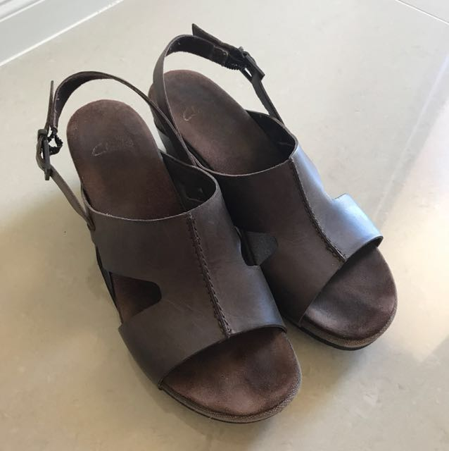 Clarks Wedges Sandals Size 7