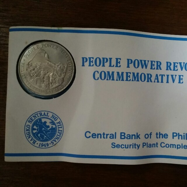 Commemorative Coin (People Power)