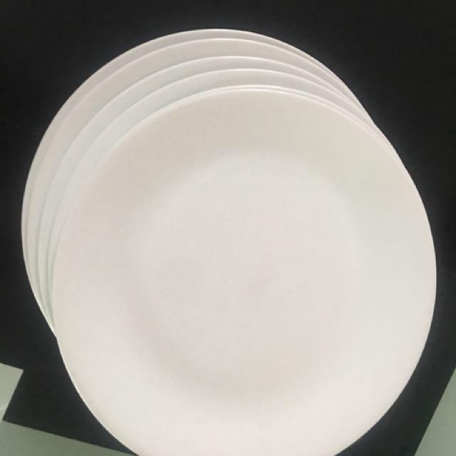 Corelle dinner plates white