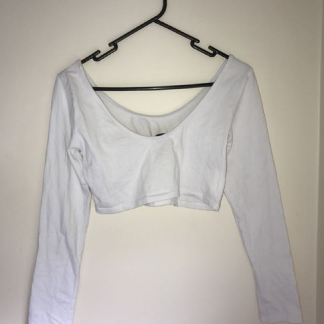 Croped white long sleeve