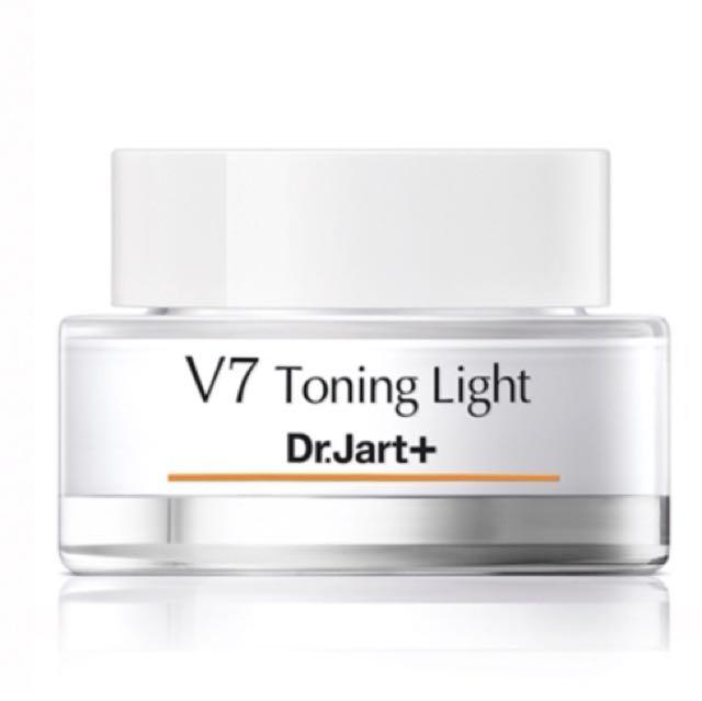 超特價:Dr. Jart+ V7 Toning Light 肌光煥亮 維他命透白輕盈霜50m 韓國素顏霜